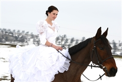 Winter horseriding bride